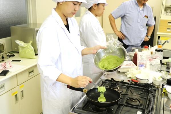 管理栄養士専攻 産学連携事業活動中