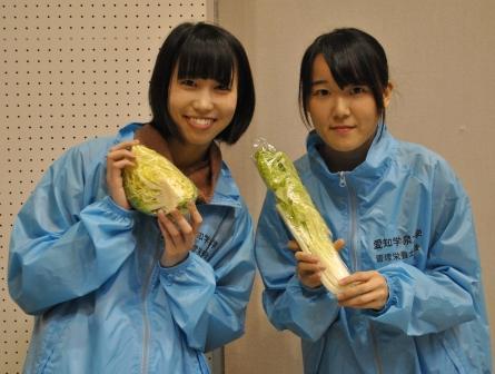 管理栄養士専攻の学生が『JAまつり』に参加しました。