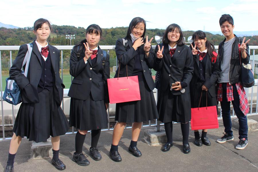 安城南高等学校のみなさんに現代マネジメント学部を体験してもらいました。