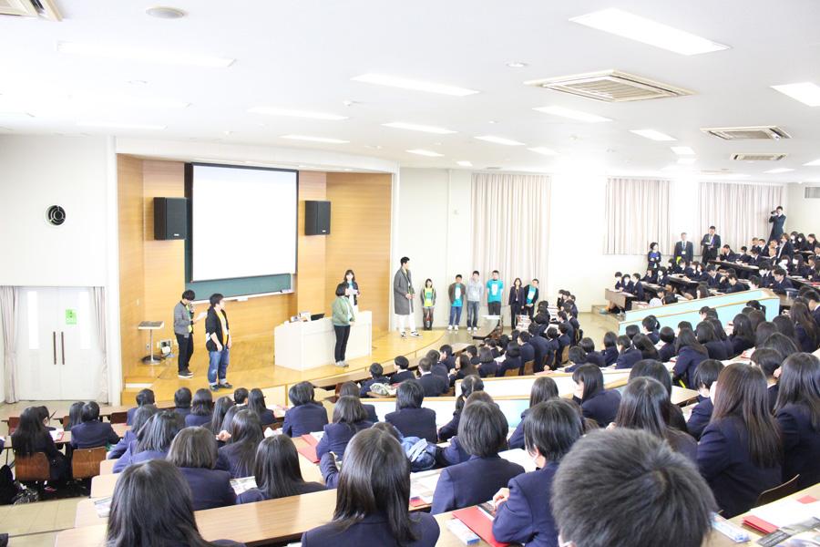 安城学園高校のみなさんが豊田キャンパスに来てくれました
