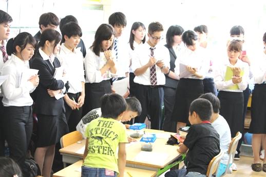 小学校訪問:「生活」の授業