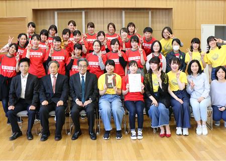 食物栄養学科チームがむらさき麦お菓子グランプリで連覇!