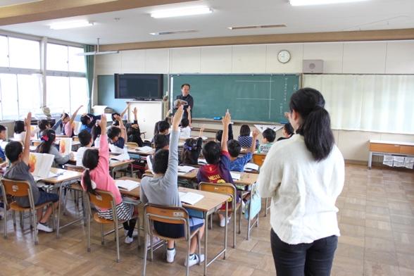 小学校へ実習