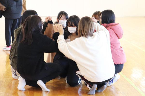 子どもと楽しめる創作ダンス・身体を使っての表現(こどもの生活専攻)