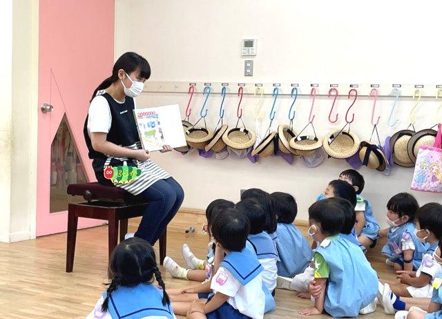保育園や幼稚園で実習【こどもの生活学科】