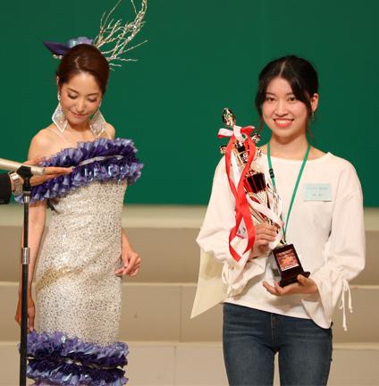 NDKファッションデザインコンテストにて大賞受賞!