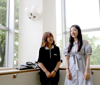学生インタビュー(韓国留学生&生活デザイン総合学科学生)