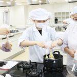 災害時における栄養士の役割~調理法を実践~